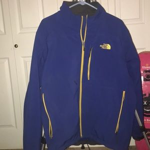 NORTH FACE JACKET Apex Barrier Soft Shell SIZE: XL